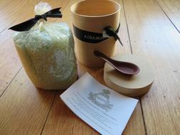 Agraria Lemon Verbena aromatherapy bath salts with spoon 20