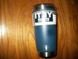 YETI RAMBLER 20 OZ TUMBLER - Mug Slider Lid Included NAVY